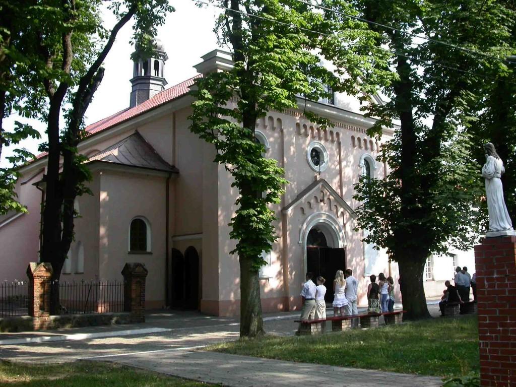 Dscn3284 kościół w Dobrzyniu nad Wisłą